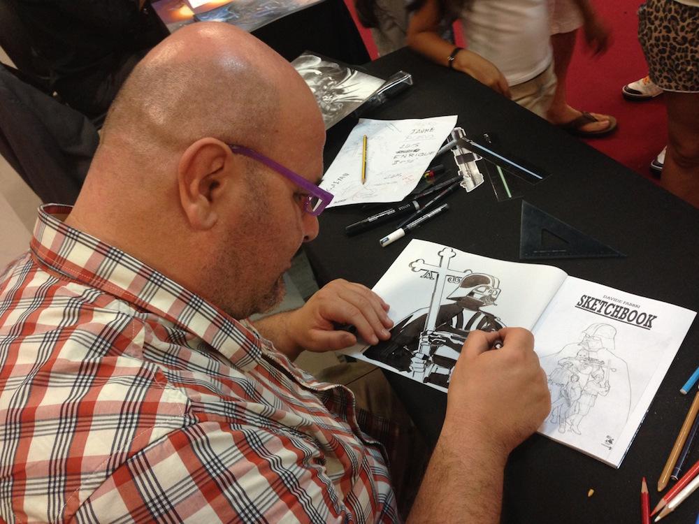 Davide Fabri en el Artis Alley de Metrópoli Comic Con